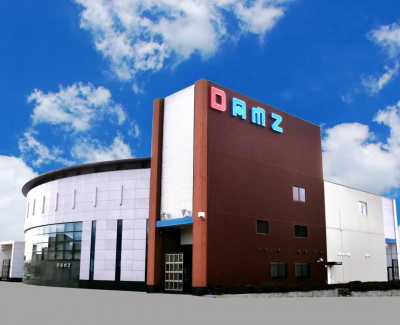DAMZ佐和田店の店舗画像